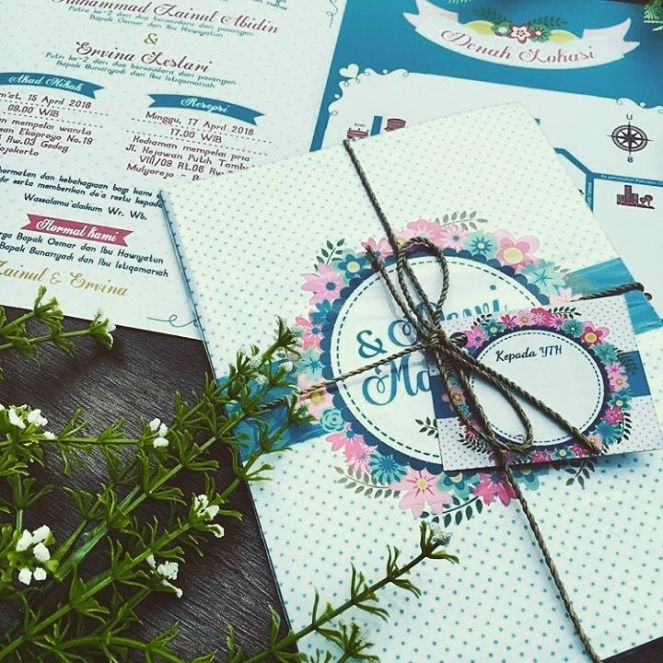 lagi diskon undangan pernikahan desain unik
